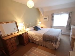Holiday apartment in the heart of Dunster for 6