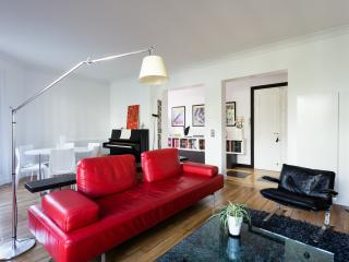 One Fine Stay - Rue Caulaincourt II apartment
