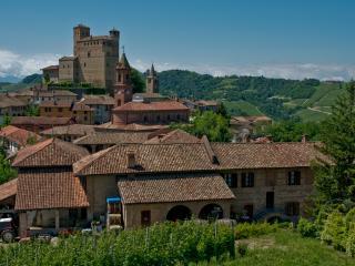 Casa Cucco, Serralunga d'Alba