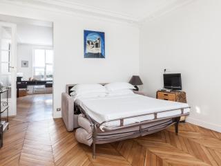 onefinestay - Rue d'Amsterdam private home, Paris