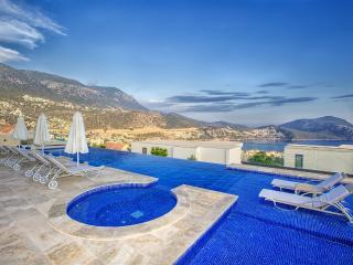 5 En-suite Bedroom Villa in Kalkan
