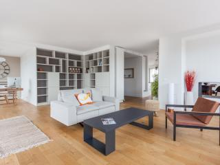 One Fine Stay - Rue de Charenton apartment