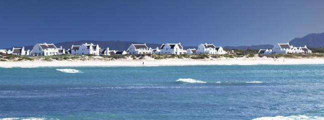 escape to beachfront on the powdery white sand of Langezandt Struisbaai