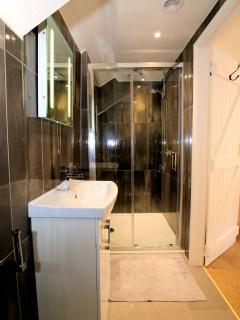 En-suite shower room to Master King Bedroom