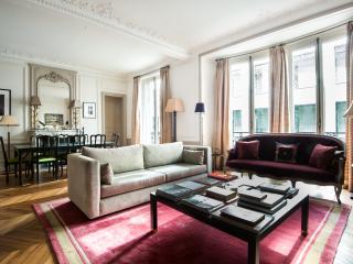 One Fine Stay - Rue de l'Université VI apartment, París