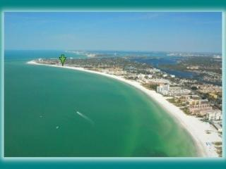 BEST LOCATION ON SIESTA KEY WALK TO VILLAGE, Sarasota