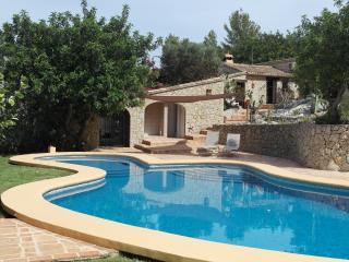 Casa Romantica: Orginal Finca, A Dream To Live In!, Denia
