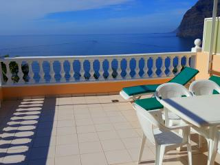 GREAT APARTMENT WITH STUNNING VIEWS, Acantilado de los Gigantes