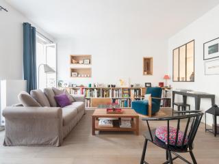 onefinestay - Rue des Martyrs VI private home, Parijs