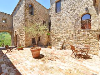 Perugia Large Villa with pool in Umbria, Umbertide