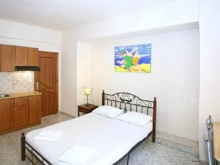 STUDIO IN THE HEART OF THE OLD TOWN OF CHANIA