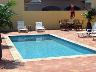 Cas di Soño Aruba - Your  Dream Home 3 bed 2.5 bath Close to Everything!