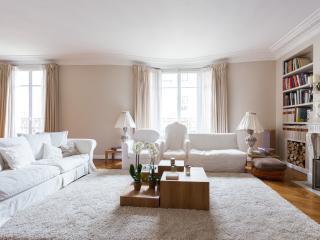 onefinestay - Rue Jean de la Fontaine private home