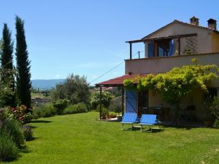 Grazioso cottage immerso nelle colline marchigiane