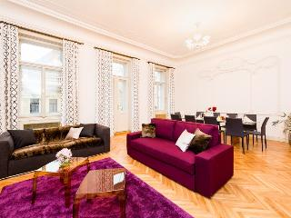4 bedrooms apartment, Praga