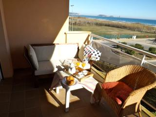 Front beach apartment , sea view. COSTA BRAVA, Pals