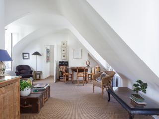 onefinestay - Rue Saint-Paul private home, Parijs