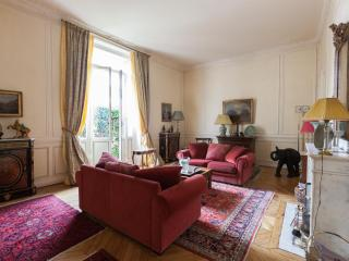 onefinestay - Rue Scheffer II private home, Paris