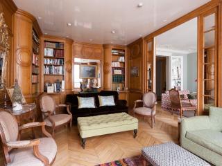 One Fine Stay - Rue Spontini II apartment, Paris