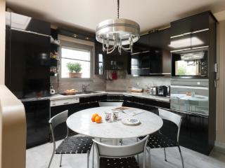 One Fine Stay - Rue Vaugelas apartment, Parijs