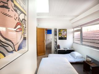 onefinestay - Villa Félix Faure apartment, París