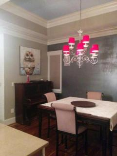 Beautifully Furnished 3 bedrooms, Calgary