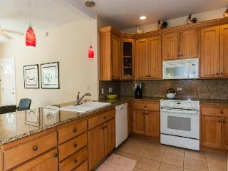 Regency 810 Central A/C condo in the heart of Poipu a short walk to beaches, Pool, hottub, bbq. Free car with stays 7 nts or more*