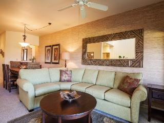 Manualoha 608 Wonderful condo sleeps 6 only 100 yards from Brennecke`s Beach, Pool. Free car with stays 7 nts or more*, Koloa