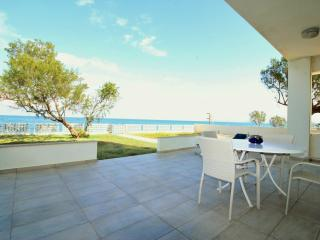 10 steps from the beach, Villa near Ballos Beach!