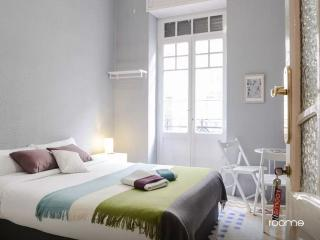 {N1} Double Private Room with Balcony, Valencia