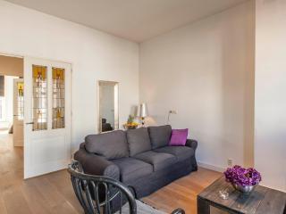 Tulip Apartment B, Amsterdam