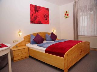 Vacation Apartment in Friedrichshafen - 592 sqft, 1 bedroom, 1 living / bedroom, max. 4 people (# 9326)