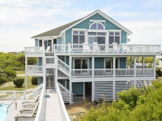 OCEANFRONT, PRIVATE POOL & REC ROOM in Whalehead