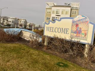 Furnished Townhouse at Beach 73rd St Queens, Rockaway Park