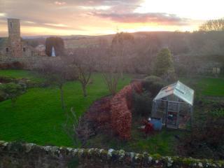 Beautiful Upper Villa In The Scottish Borders