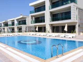 Gumbet Daily Rent 2 + 1 Luxury Residence1633, Bodrum City