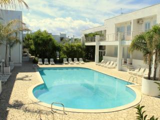 Trilocali 5 in BLUMARINE Residence Club sul mare, Marina Di Ostuni
