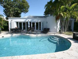 Feb 22-27 $3500 MiamiBeach privPool 6Bedr., Miami Beach