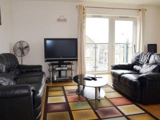 Beautiful 2 Bedroom Apartment,sleeps 6