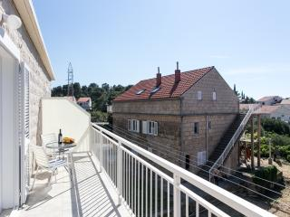 Apartments Dubrovnik Cavtat - One-Bedroom Apartment with Balcony and Sea View