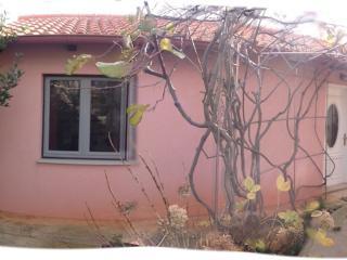 Apartment in garden, new, comfortable close to sea, Zadar