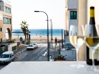 1BR Sea View Balcony, Tel Aviv