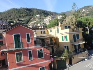 Appartamento trilocale, Bonassola