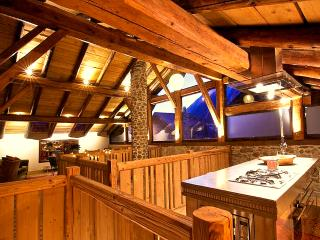 Spacious holidayhome with amazing views, Chamonix