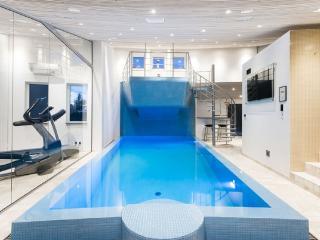 Villa with pool, sauna and jacuzzi, Blaavand