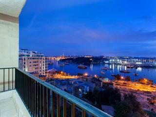Seaview Apart in a Prime Location, Sliema