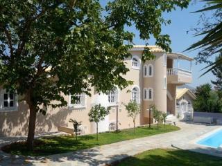 Aghia Marina Villa Rose, Koropi
