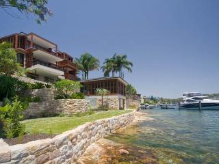 Mosman Villa 4 Beds Sydney