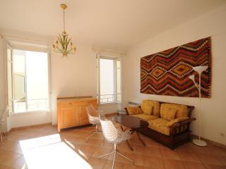 Spacieux appartement 2 chambres au port de Nice, Niza