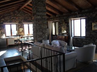 Magnifique Villa avec piscine 6 personnes à Triora